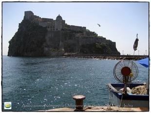Un classico: Castello con barca e gabbiano